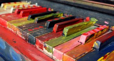 Bobby McKey's Dueling Piano Bar: Teen Beats